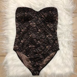 Forever 21 Tops - Strapless Black Lace Bodysuit size S